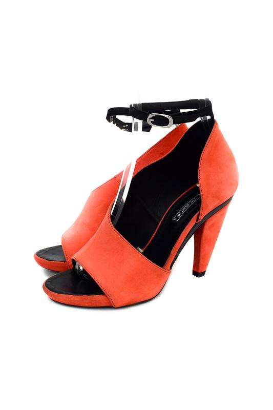 Открытые туфли Vic Matie